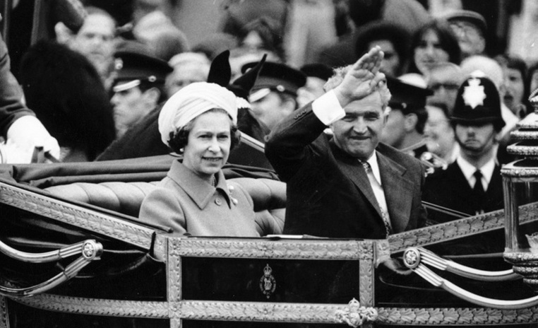 queen-elizabeth-nicolae-ceausescu-london