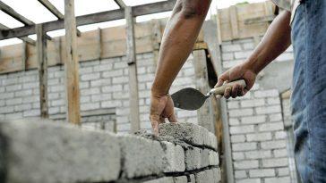 românii din străinătate construcţii