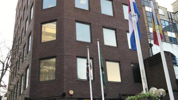 Consulatul din Londra se inchide