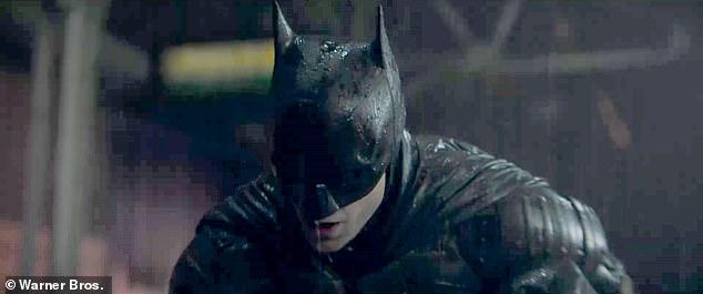 batman s-a imbolnavit de covid