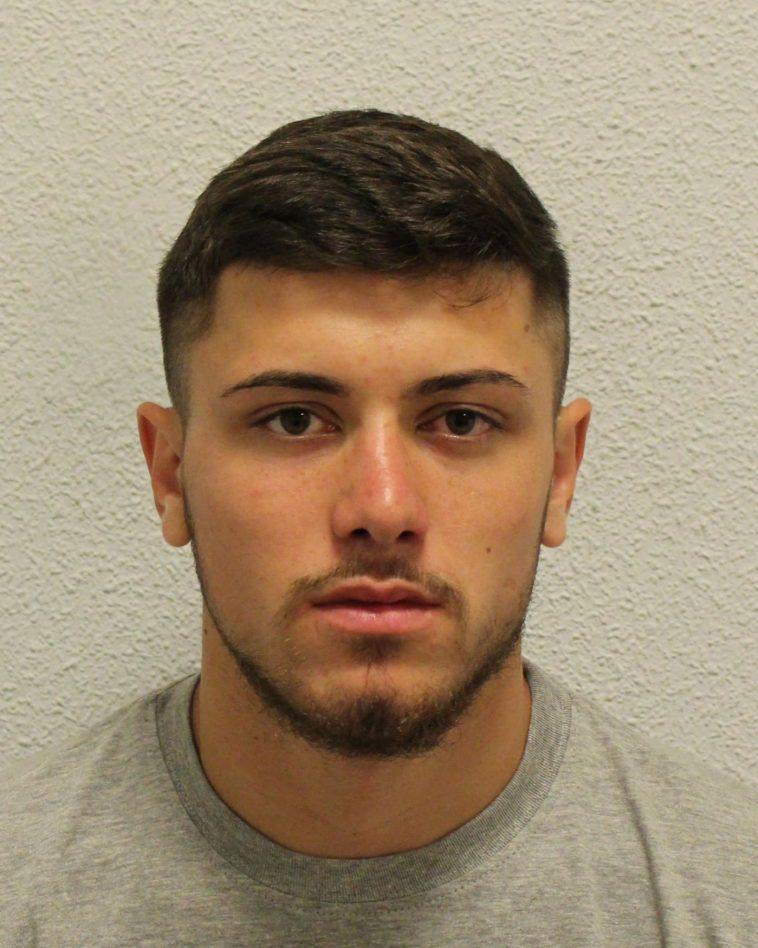 """Londra: Violată noaptea într-o pădure din Catford. Român de 21 de ani, condamnat pentru """"un atac brutal și sinistru"""""""