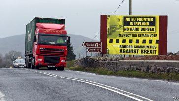 Brexit: Separatiștii irlandezi amenință că vor ataca punctele de frontieră dintre Irlanda și Irlanda de Nord după ieșirea Marii Britanii din UE