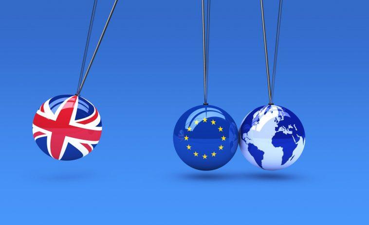 """UE îndeamnă Londra să renunțe la """"tacticile"""" de negociere a relațiilor comerciale post-Brexit"""