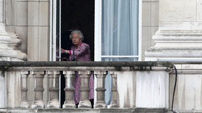 Vrei să lucrezi la Palatul Buckingham? Regina caută pe cineva la curățenie