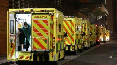 COVID lovește puternic Marea Britanie: Peste 40.000 de infectări într-o zi. Ambulanțele nu fac față apelurilor
