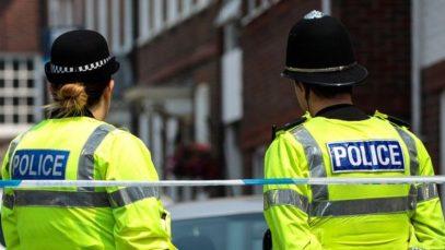 Anglia: O femeie și-a torturat și ucis fiul vitreg de numai 6 ani. Ce le-a spus anchetatorilor e strigător la cer
