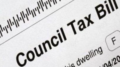 Anglia, taxele locale (Council Tax) cresc cu sute de lire sterline. Consiliile au nevoie de 8 miliarde pentru asistență socială și oamenii străzii