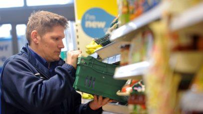 Supermarketurile din Marea Britanie angajează 100.000 de sezonieri
