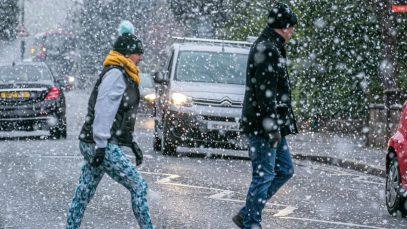 Vine iarna! Zăpadă și vreme extrem de rece în Marea Britanie